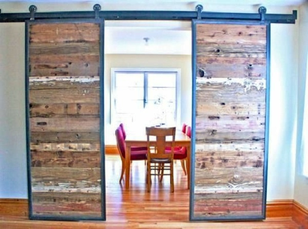 sliding-doors-as-room-dividers-more-privacy-in-the-small-apartment-0-843