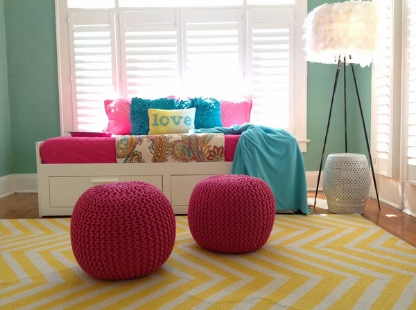 teen-bedroom-furniture-decoration-ideas-red-ottoman-poufs-yellow-carpet