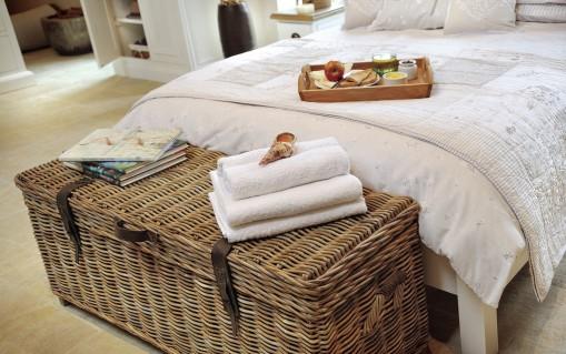 rowico-maya-rattan-storage-bench-bedroom