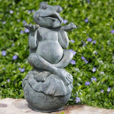 Frog-garden-statuary