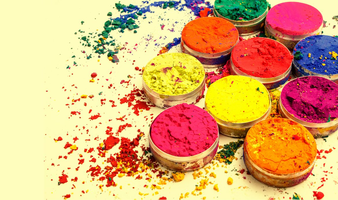 Ideas for a fun holi party at your home home and heart for Holi decorations at home